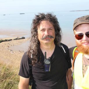Jamie Wardley and Andy Moss, Fallen 9000, Arromanches, France