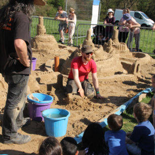 Children's Sand Sculpture Workshops, Harewood House