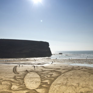Anamorphic Sand Drawing, Mawgan Porth, Cornwall