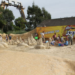 Children's Sand Sculpture Workshops, Thorpe Park