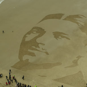 Folkestone Sand Art Courtesy Of 14 18 Now
