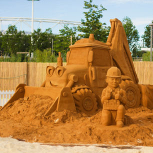Bob The Builder Sand Sculpture
